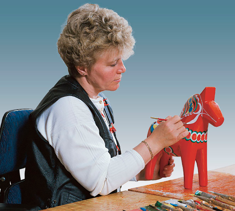Dala horse decorating